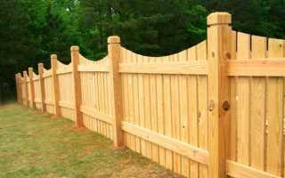 Деревянные столбы для забора: как подобрать древесину и установить опору