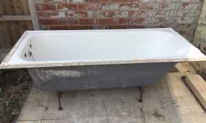 Вывоз чугунной ванны – способы демонтажа и как расколоть
