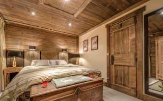 Входные деревянные двери в дом: инструкция по монтажу своими руками, особенности теплых конструкций
