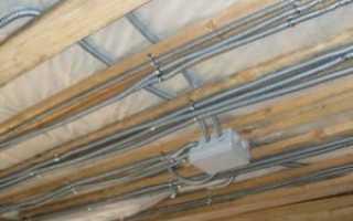 Допустим ли монтаж проводки по потолку в пучках в жилой квартире?