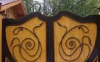 Деревянные ворота с ковкой – особенности конструкций. Виды кованых элементов